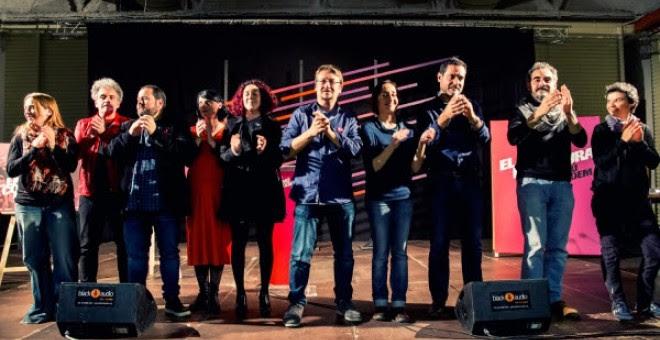 Acto de inicio de campaña de En Comú Podem en el centro cívico Cotxeres de Sants de Barcelona. / MARC LOZANO