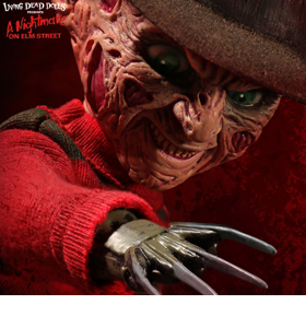LIVING DEAD DOLLS PRESENTS FREDDY KRUEGER WITH SOUND