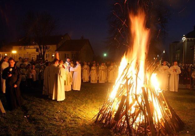 Znalezione obrazy dla zapytania poświecenie ognia