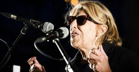 La candidata a la alcaldía de Madrid por Ahora Madrid, Manuela Carmena, durante el mitin de cierre de campaña para las elecciones municipales celebrado en Madrid.- EFE