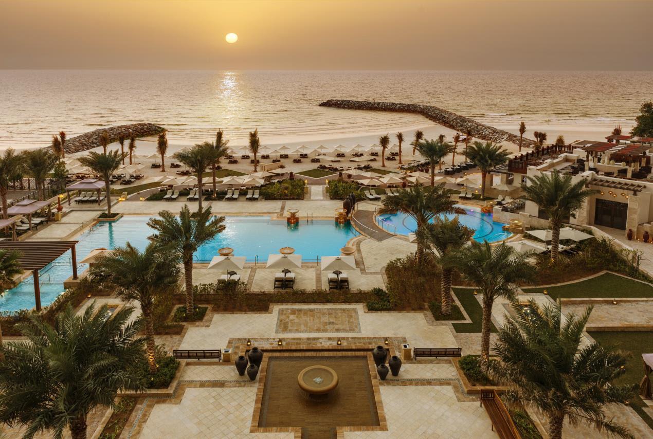 Ajman Saray, a Luxury Collection Resort - Sunset Pool & Beach