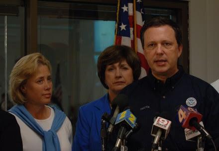 FEMA chief Michael Brown alongside Governor Kathleen Blanco and Senator Mary Landrieu