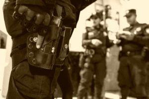 Quienes juraron servir y proteger son los que matan a los detenidos bajo custodia