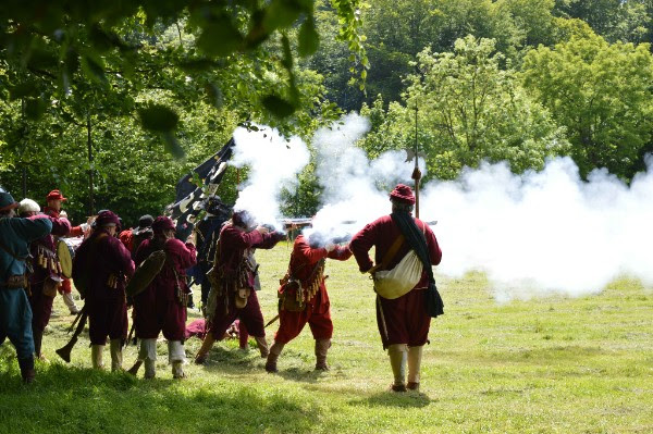Roundheads and Cavaliers: Battle of St Fagans