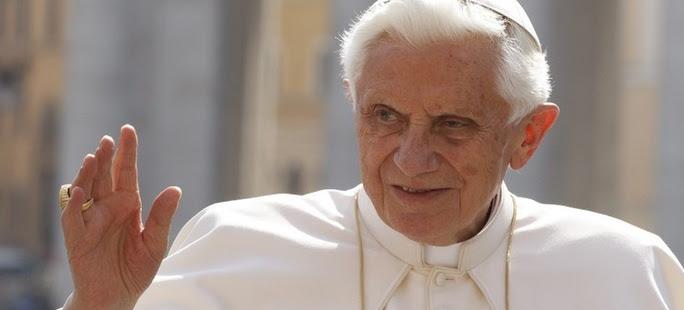 Papież Benedykt XVI ... powraca!