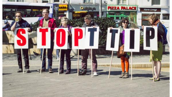 Η Αυστρία και η Γαλλία προτείνουν την επανέναρξη των διαπραγματεύσεων για την ΤΤΙΡ με νέο όνομα