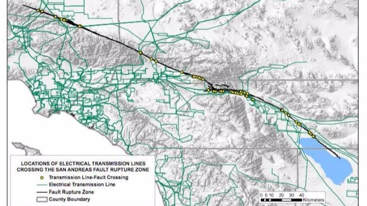 Where electrical transmission lines cross the San Andreas fault, according to a 2008 report.