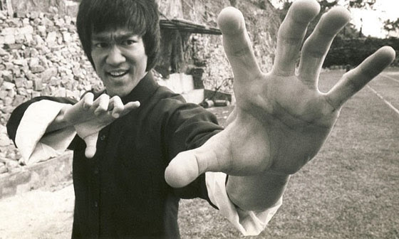 "Watch: Bruce Lee's Only Recorded ""Real Fight"" Is Finally Revealed: His Speed And Power Are Stunning"