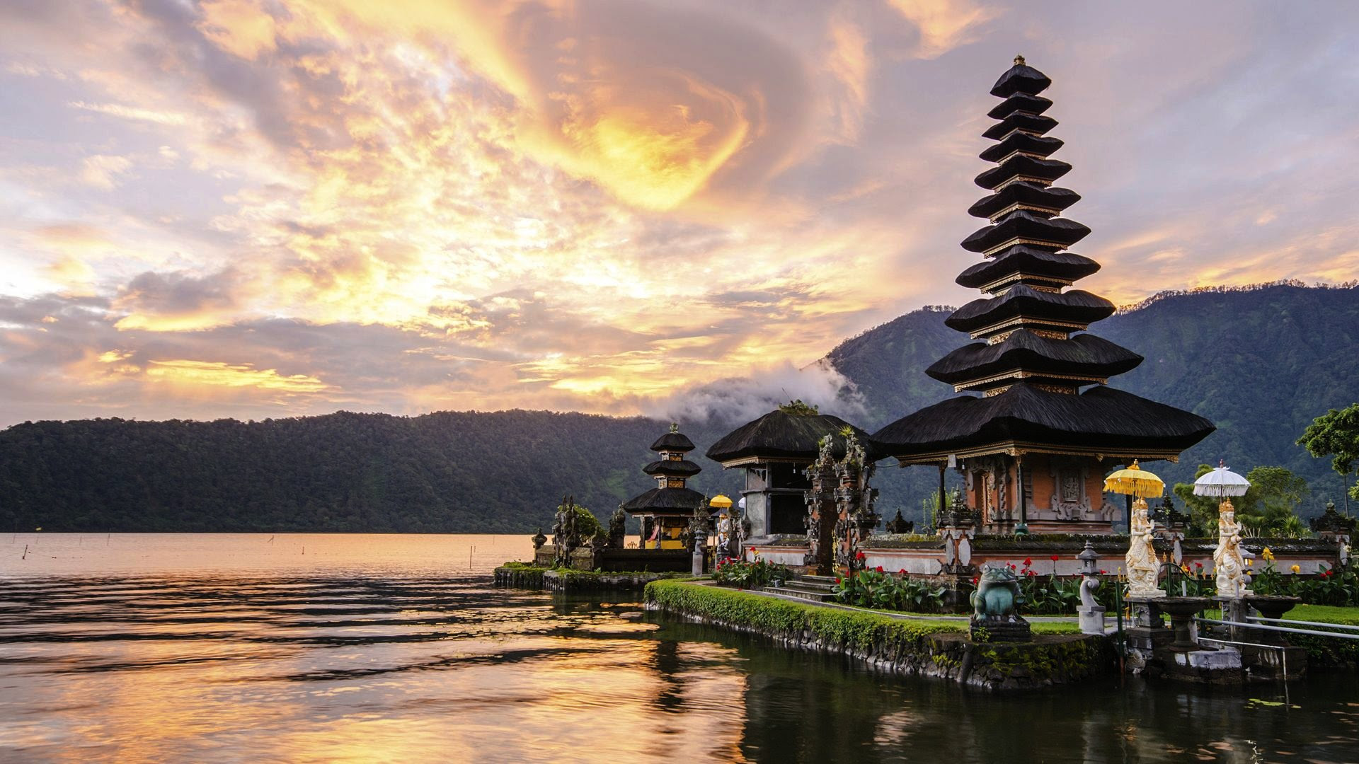 summer holidays in bali indonesia
