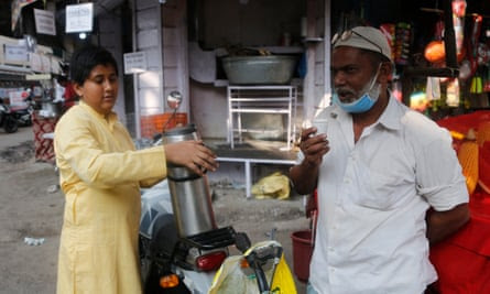 Subhan makes around 250 rupees (£2.50) a day selling tea.