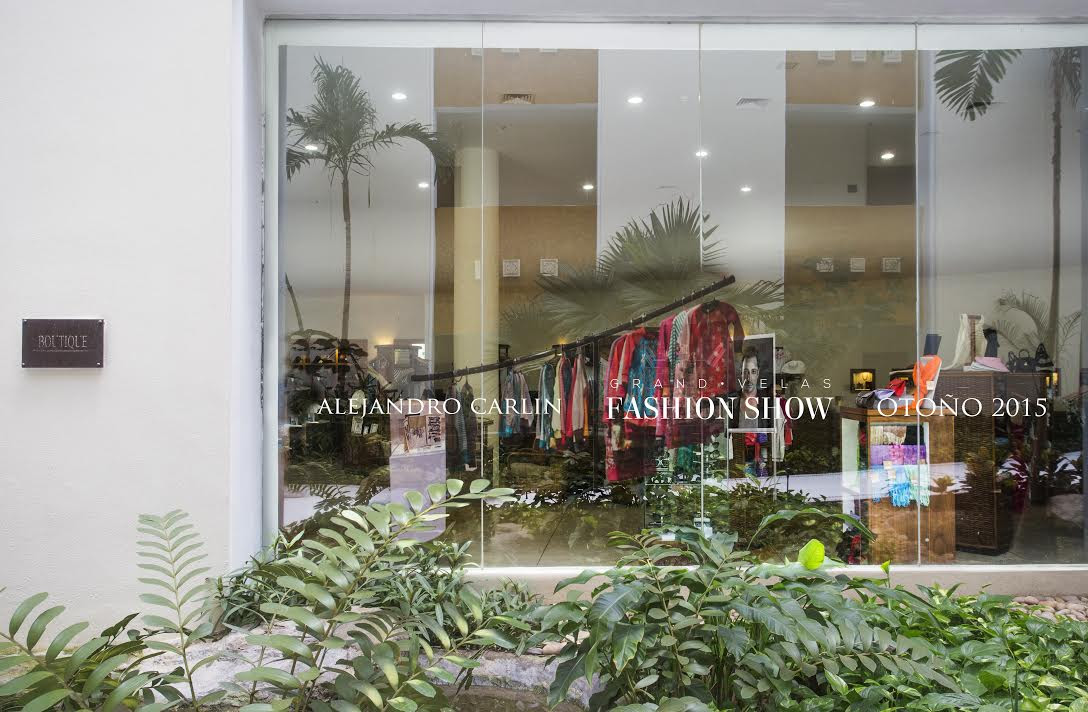Pop-up Shop and Runway Show of New Beach Collection