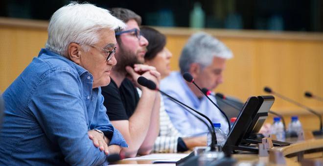 Chato Galante y Miguel Urbán en la rueda de prensa de presentación de las jornadas de la Memoria Histórica./ IRENE LINGUA (DISOPRESS)