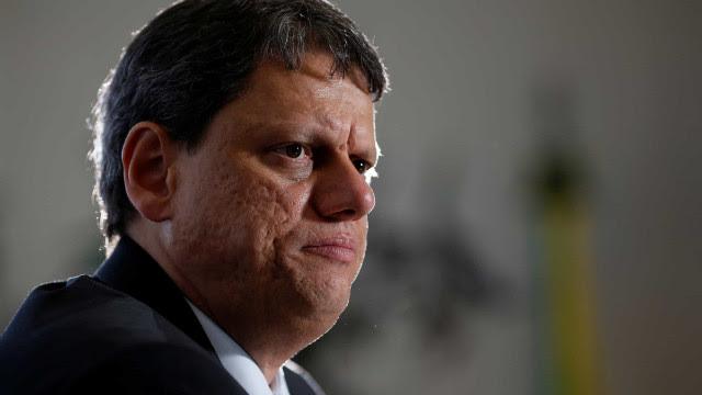 Ministro da Infraestrutura defende 'trégua' e 'paz' para retomada