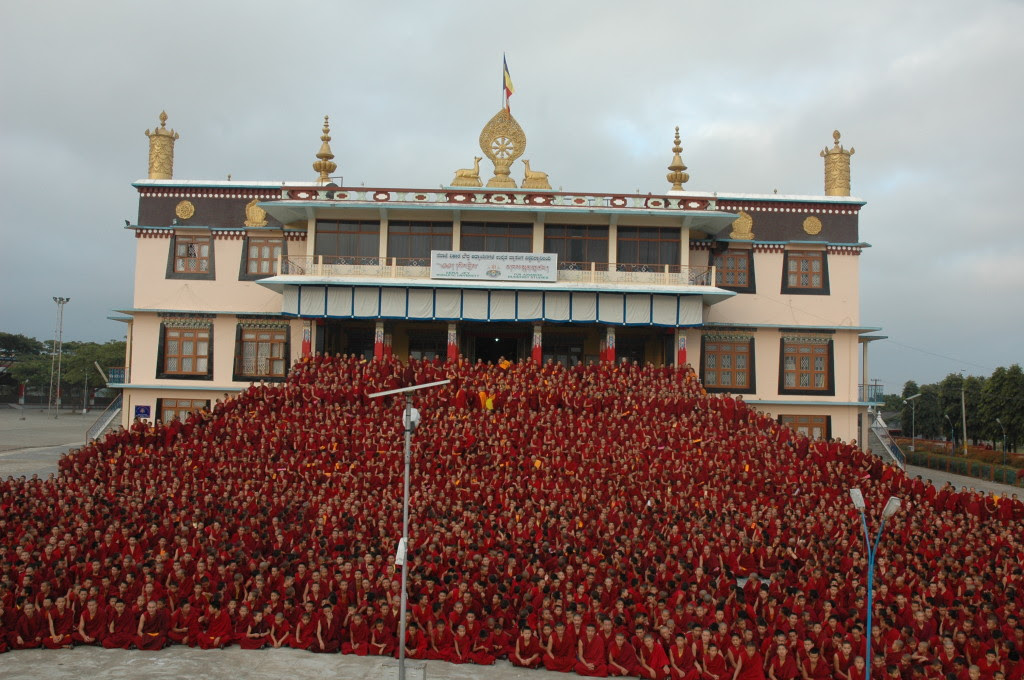 All of the monks of Sera Je Monastery are offered three nutritious meals daily through the Sera Je Food Fund.