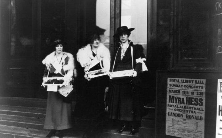 Violet Trefusis with Violet de Trafford and Violet Keppel, collecting outside the Albert Hall in March 1916
