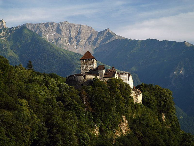 21. Liechtenstein: 60,000 tourists