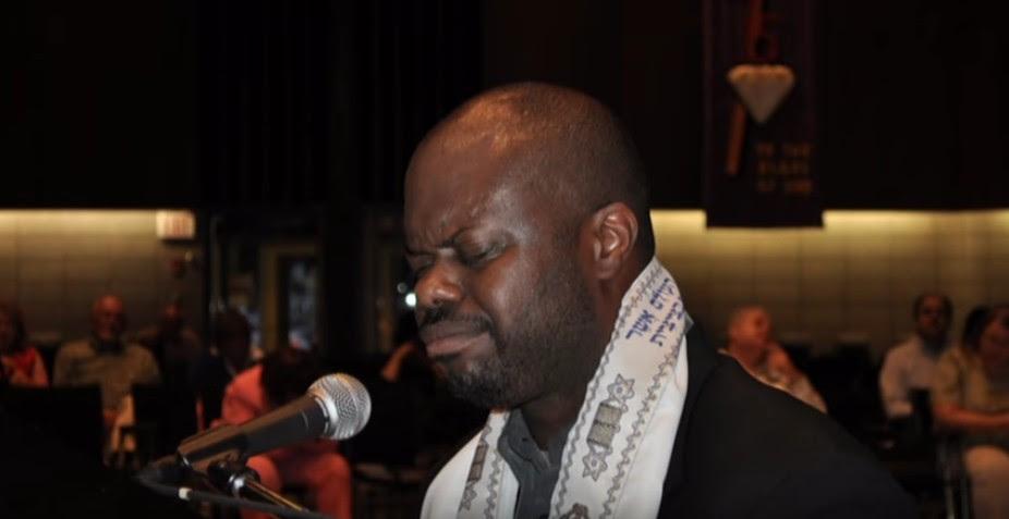 Jimmie Black in concert