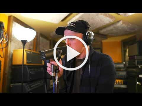 Wanderer - Contented - (Video)