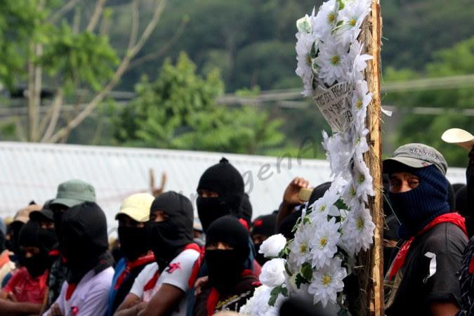 """Zapatistas Honran a """"Galeano"""" in La Realidad"""