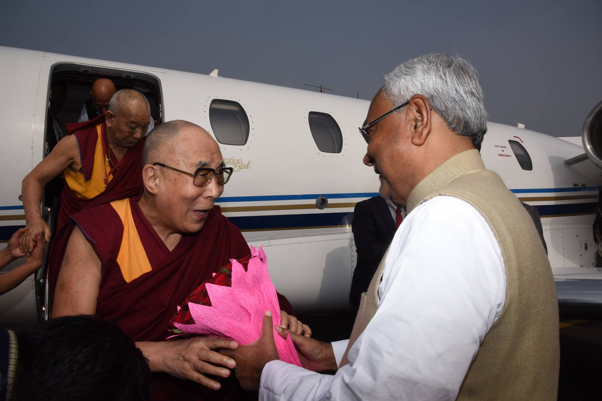 CHief Minister Nitish Kumar welcoming His Holiness the Dalai Lama at Patna Airport on 28 December 2016.
