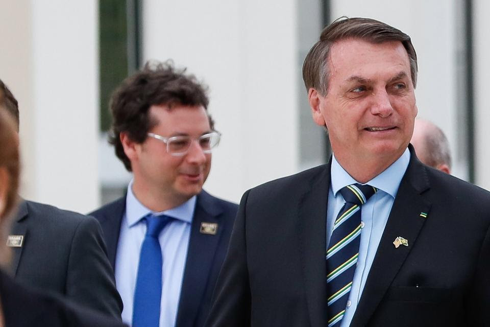 Bolsonaro y comitiva pudieron haber infectado a Trump en su visita a Palm Beach.
