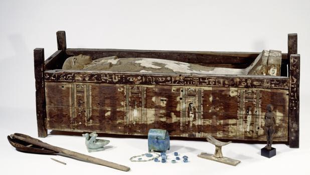Sarcófago de Tadja, encontrado en Abusir el-Meleq (Egipto)