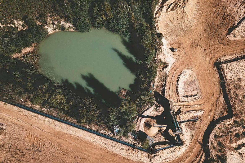 mineria-cielo-abierto-extractivismo-cosas-pasan-Andres-Angel-1170x780