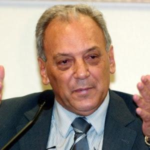 http://imguol.com/c/noticias/2014/02/17/17fev2014---claudio-mourao-ex-tesoureiro-da-campanha-de-eduardo-azeredo-psdb-mg-1392660339112_300x300.jpg