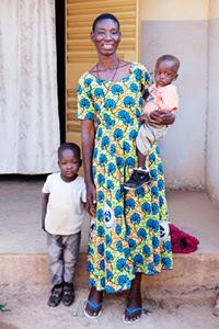 Catherine Ouedraogo, coordenadora de um abrigo para meninas