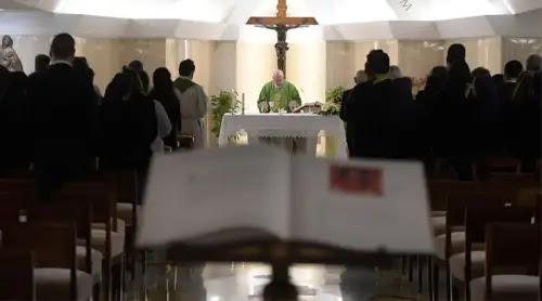 El Papa lamenta que algunos cristianos rechacen a Cristo y le pongan excusas