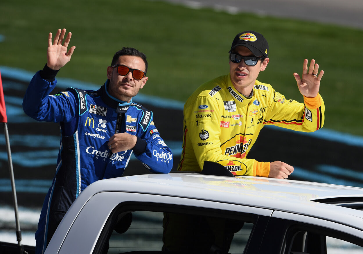 NASCAR drivers Kyle Larson (L) and Joey Logano in 2020