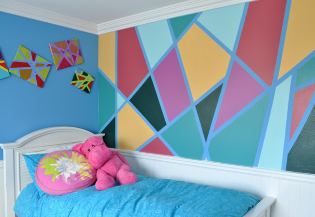 Modern Art Tween Bedroom Wall
