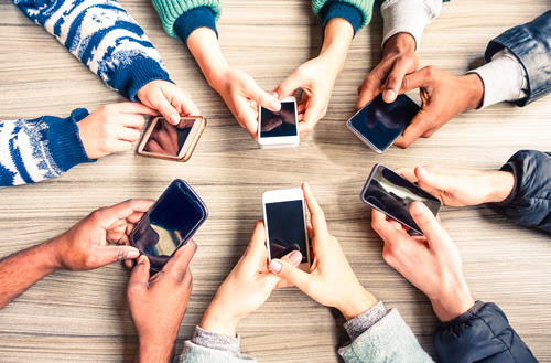 Digital teaching and learning in the smartphone era