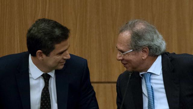 Se Campos Neto tem plano melhor, pergunte a ele, diz Guedes ao rebater presidente do BC