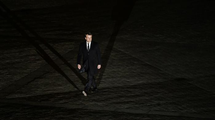"""RECIT. """"Je parle du sujet que j'ai choisi"""" : comment Emmanuel Macron préside une communication sous contrôle"""