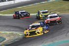 A quarta etapa contou com três corridas, sendo uma para convidados dos pilotos (Luciano Santos/SigCom)