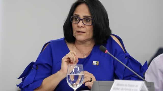 'Cadeia imediatamente', pede Damares sobre caso Robinho