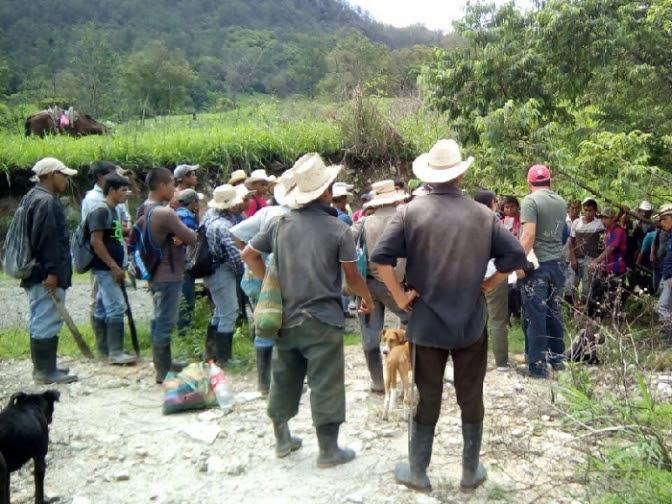 Se calienta represión contra indígenas de La Paz en sesión de corporación municipal