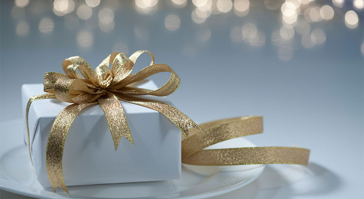 7 Reasons to List Your House for Sale This Holiday Season | Keeping Current Matters