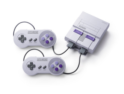 Super Nintendo Entertainment System: Super NES Classic Edition has the same look and feel of the ori ...