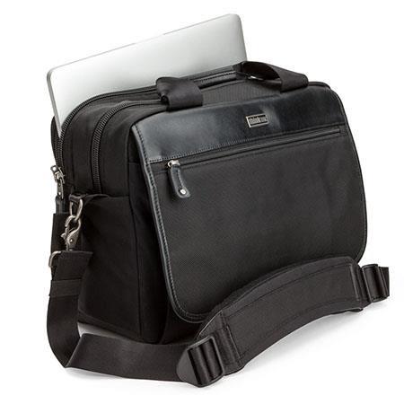 Urban Disguise 40 Classic Shoulder Bag - Black