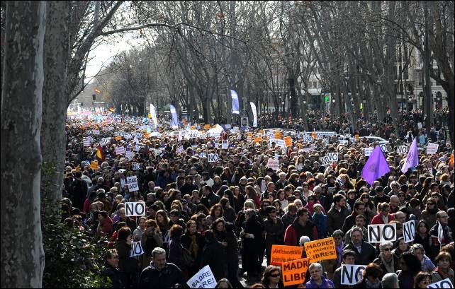La marcha a su paso por el Paseo del Prado.
