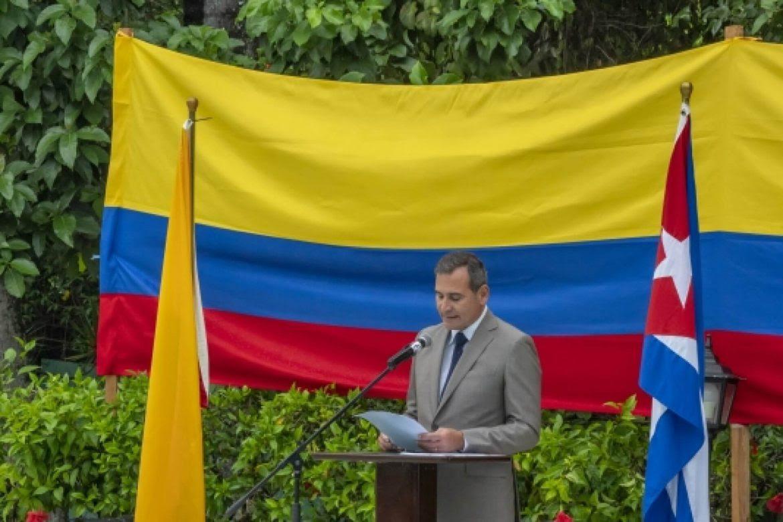 relaciones-colombia-cuba-interferencia-cuba-banderas-juan-manuel-corzo-socorro-ramirez-1170x780