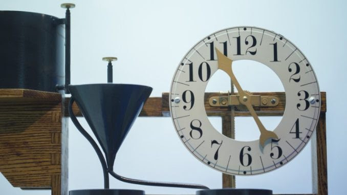 Scientists reverse time in breakthrough experiment