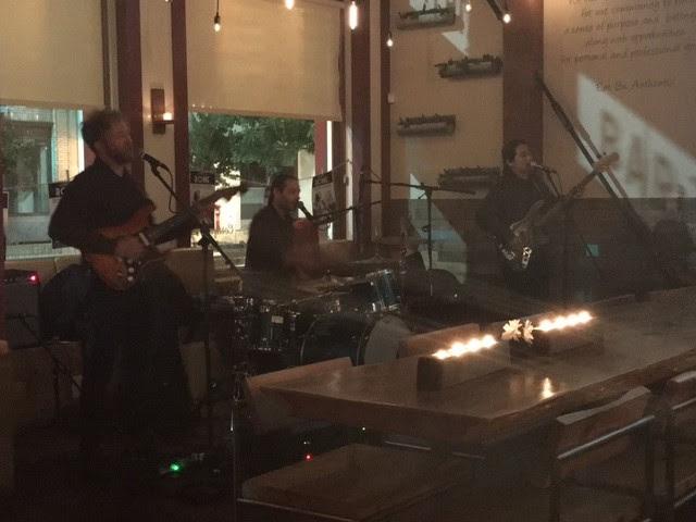 Pistachio band at  Ca_Momi