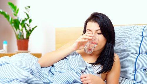 Dám cá rằng 85% người trên Trái đất đều làm điều này trước khi ngủ nhưng không biết tại sao - Ảnh 3.
