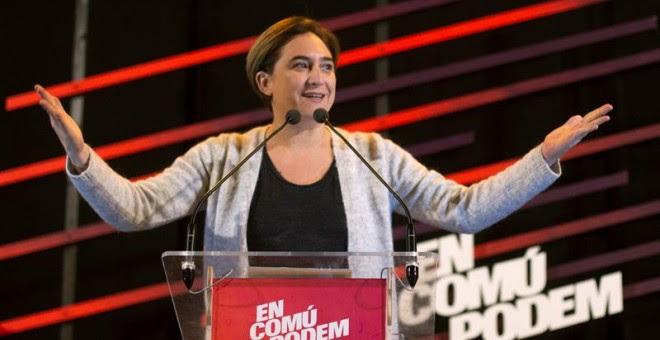 La alcaldesa de Barcelona, Ada Colau, participa en el acto electoral de En Comú Podem para las elecciones del 20D, hoy en Barcelona. EFE/Quique García