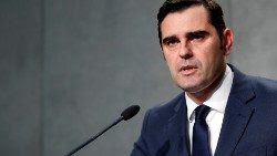 """Alessandro Gisotti, Director """"ad interim"""" de la Oficina de Prensa de la Santa Sede."""