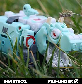BEASTBOX TRANSFORMING FIGURES