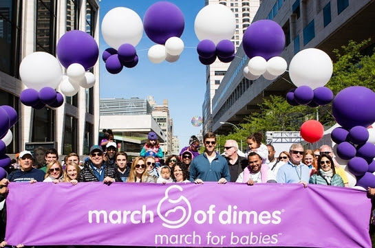 Eli Manning Leads March for Babies in New York City